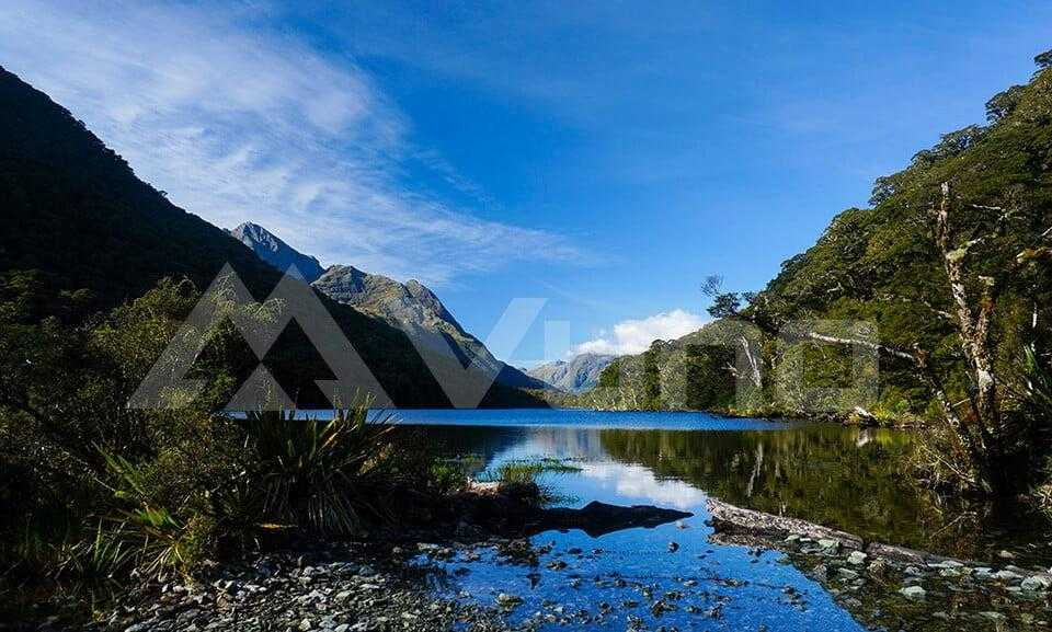 Continuing down to Lake Howden Hut for amazing views of the Routeburn Track NZ